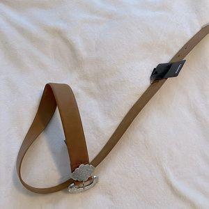 Mango belt with metal details. Size M/L